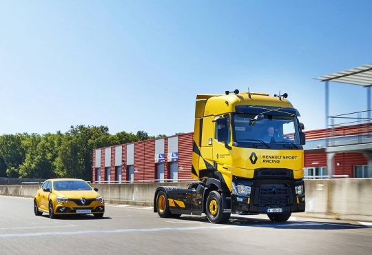 Renault T High RS Racing Edition