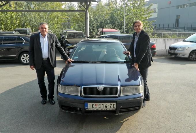 Auto-magazin-skoda-octavia-milioner-1-680x463