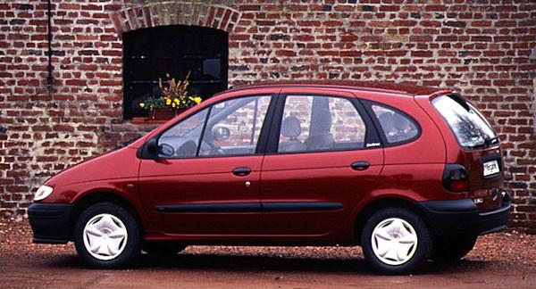 Renault-Megane-Scenic-France-1997