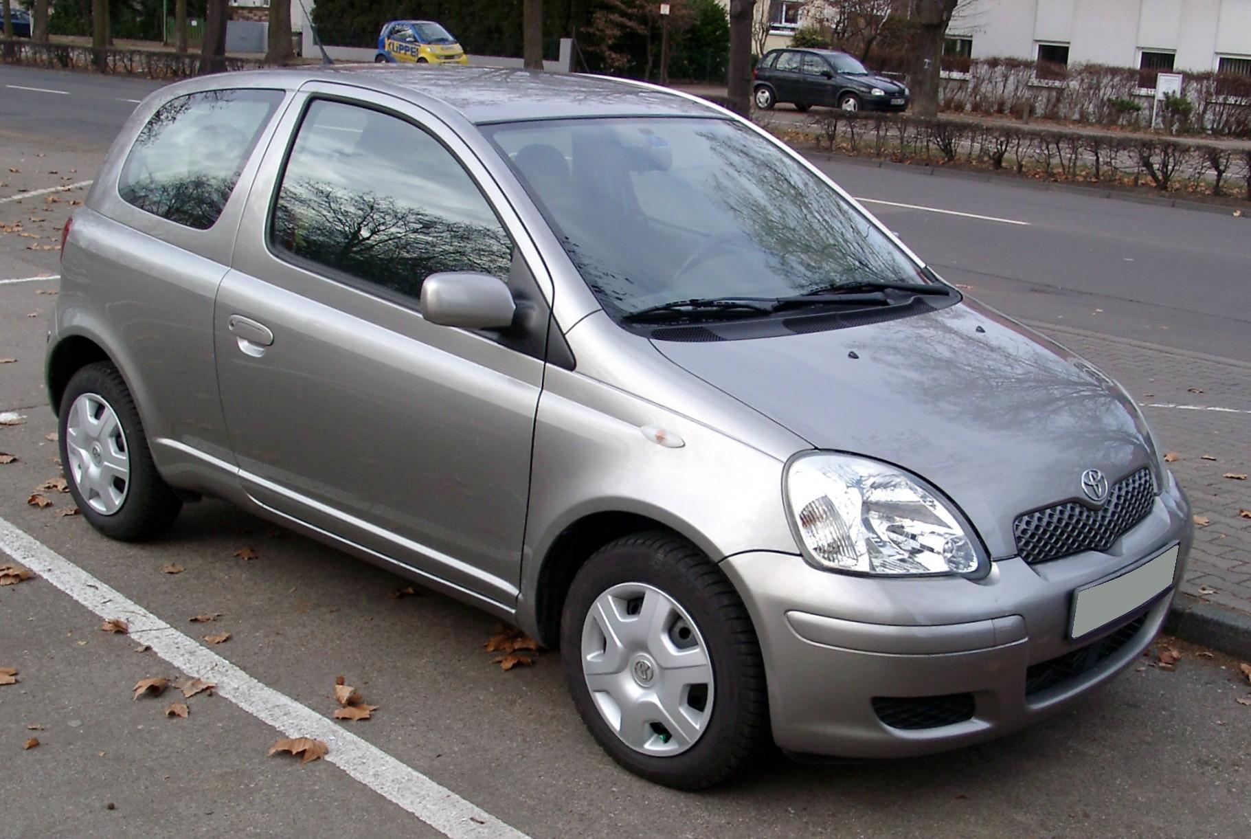 Toyota_Yaris_front_20080104