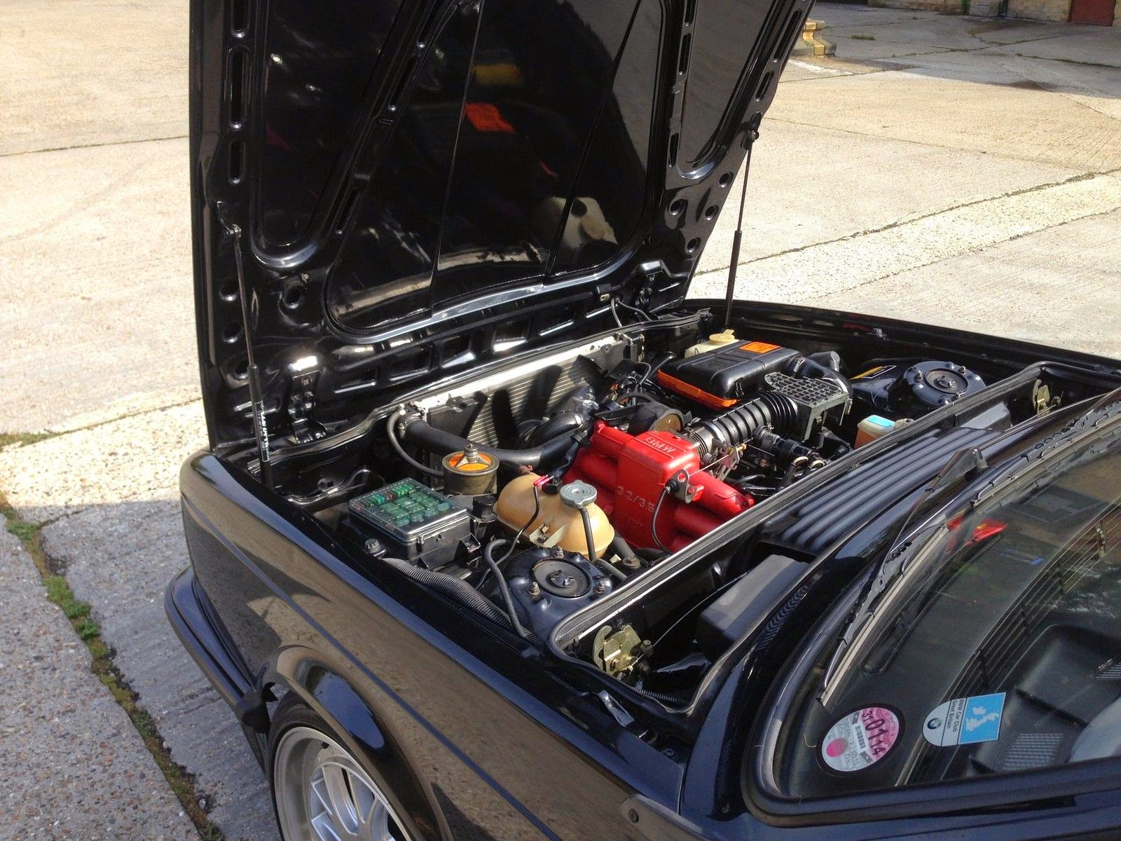 1987-BMW-635CSI-engine