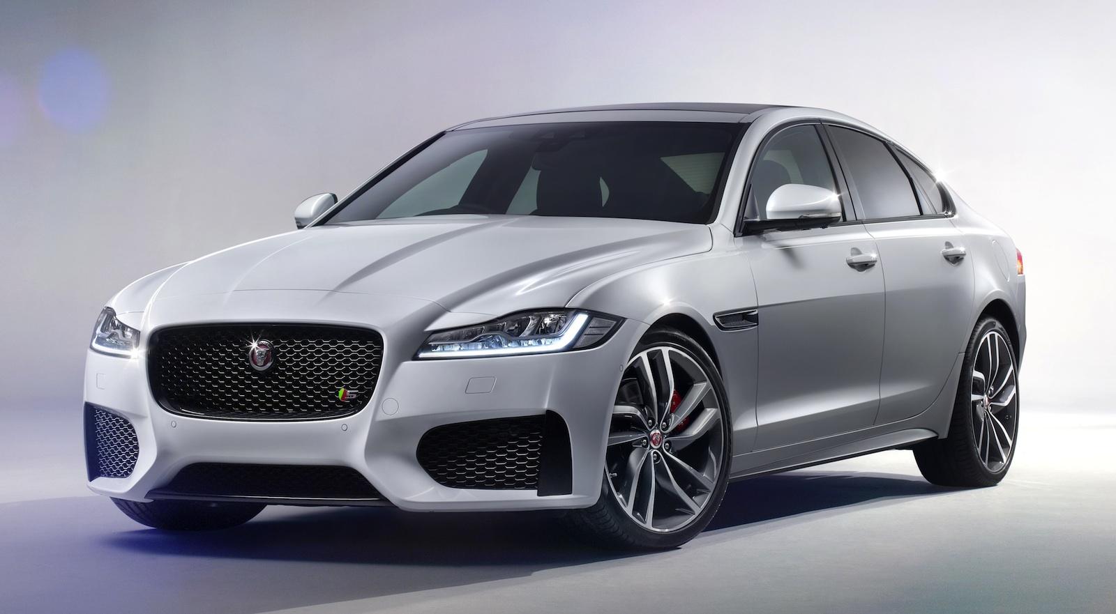 svjetski-auto-godine-2016-2016-Jaguar-XF-autonovosti.me-3