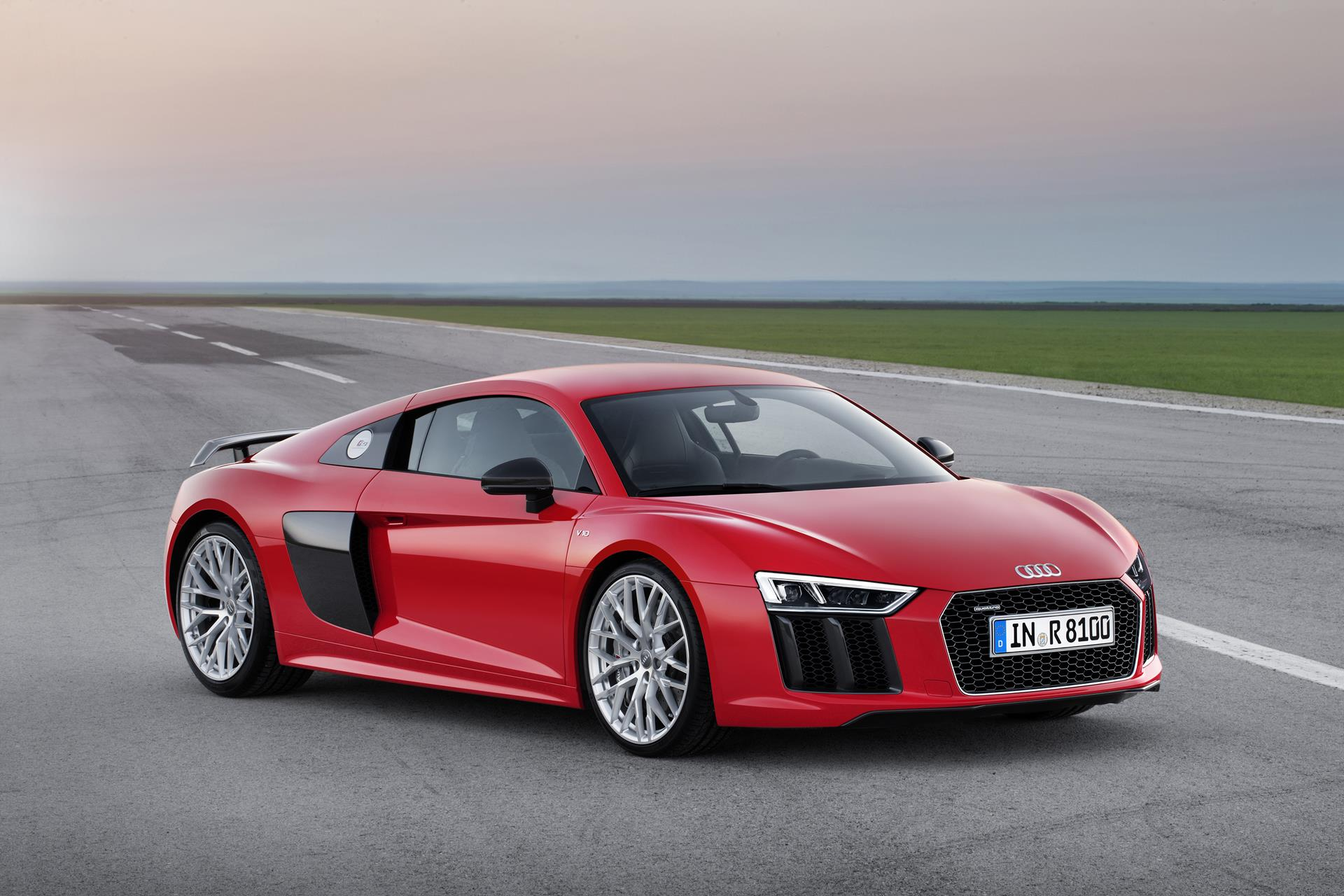svjetski-auto-godine-2016-Audi-R8-Coupe-autonovosti.me-3