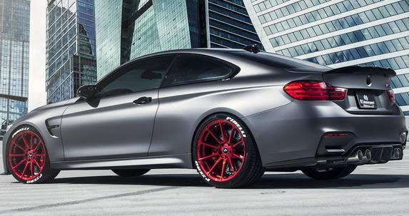 R1-Motorsport-BMW-M4-autonovosti.me-3