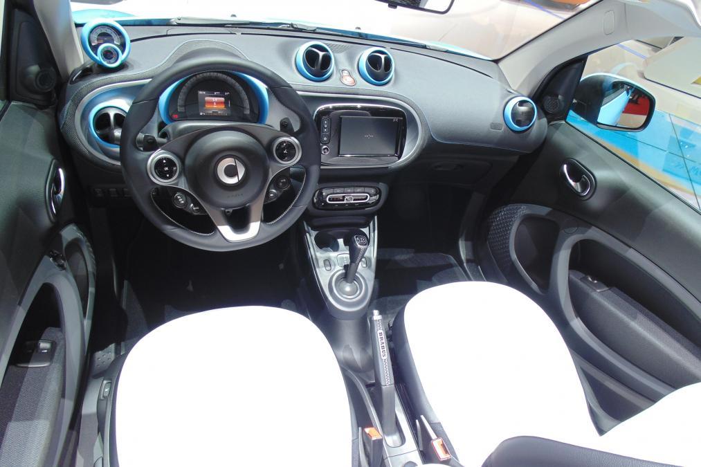 Smart ForTwo Cabrio Brabus edition-autonovosti.me-6