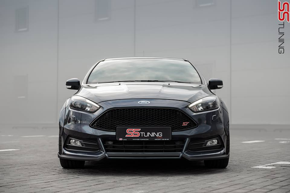 ford-focus-st-sedan-by-ss-tuning-has-an-sti-wing_2-autonovosti.me-2