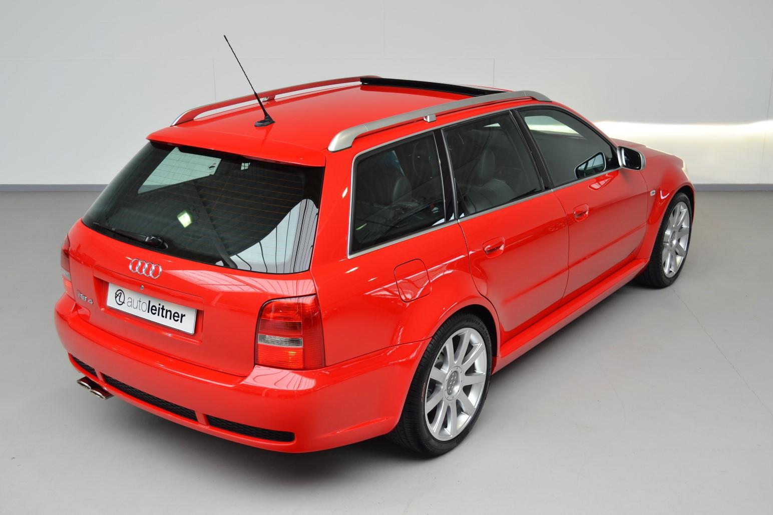 Audi-RS4-B5-Avant-autonovosti.me-17