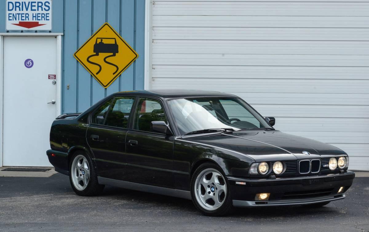 BMW-M5-4-autonovosti.me-3