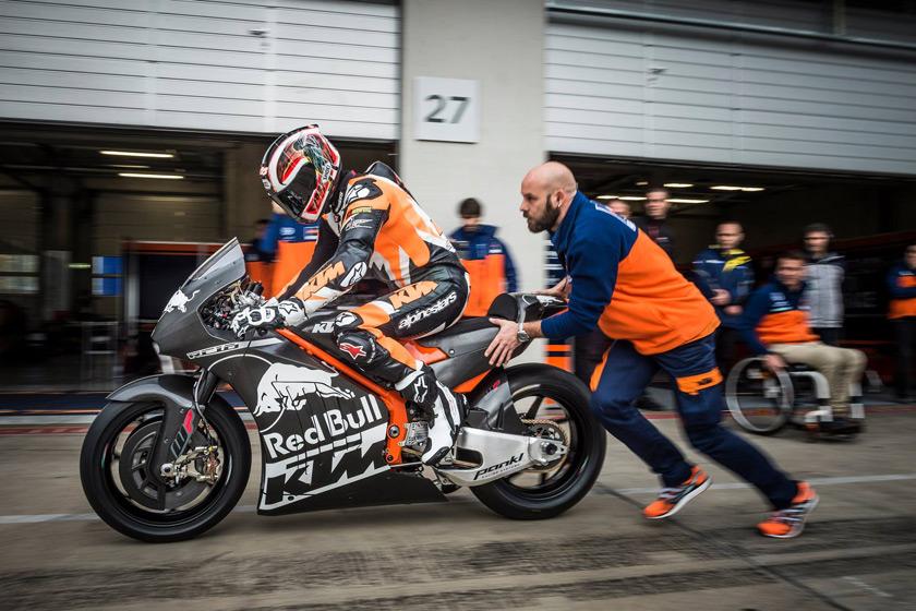 KTM-Rc16-MotoGP-autonovosti.me-2