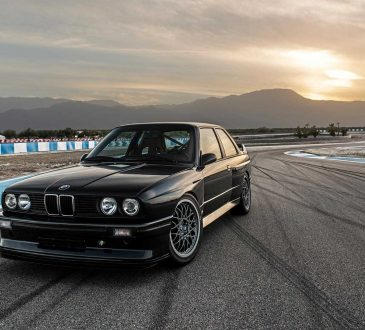 Redux BMW E30 M3 restomod