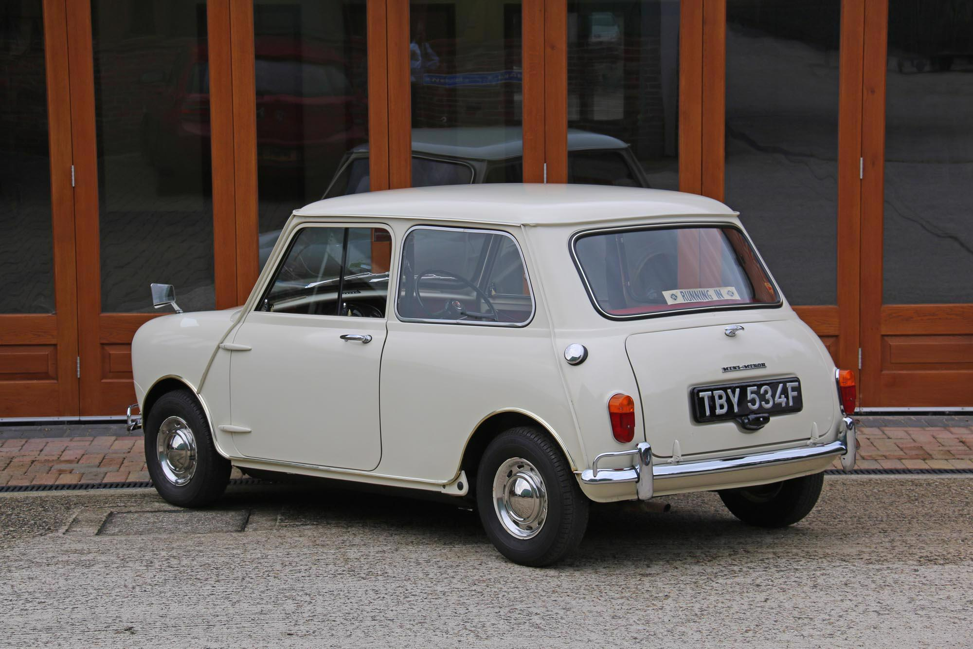 1968 Morris Mini-Minor Super De Luxe